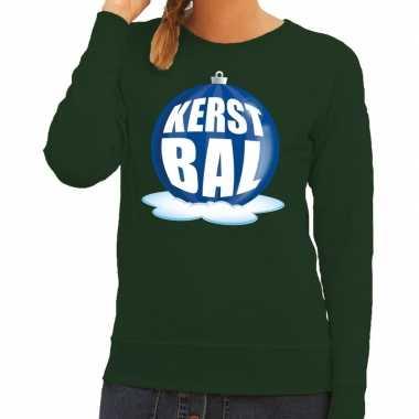 Foute kerstkersttrui kerstbal blauw op groene sweater voor dames