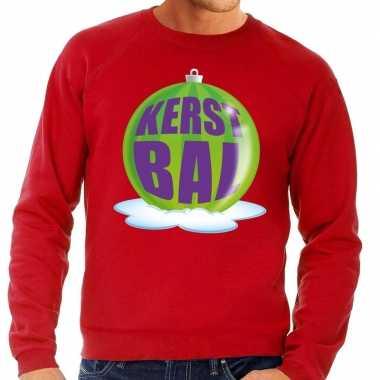 Foute kerstkersttrui kerstbal groen op rode sweater voor heren