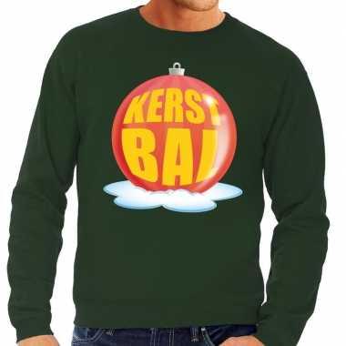 Foute kerstkersttrui kerstbal rood op groene sweater voor heren