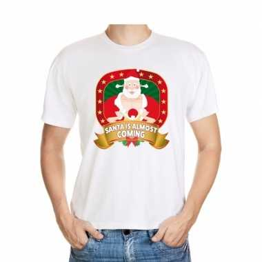 Shirt wit santa is almost coming player kerstman voor mannen
